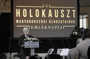 Chairman Andor Grósz speaks at the Memorial Day of the Hungarian Victims of the Holocaust commemorative event in Budapest